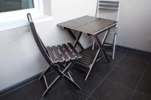 Стол и стулья для отдыха. 4