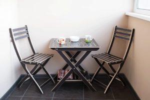 Стол и стулья для отдыха. 6