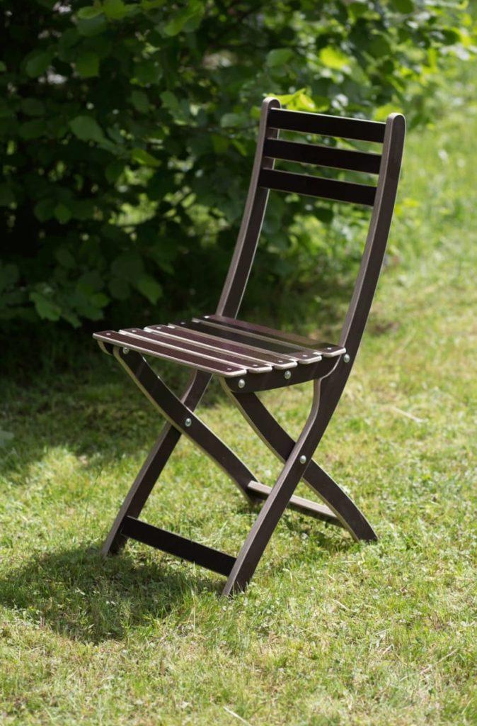 Стол и стулья для отдыха. 3